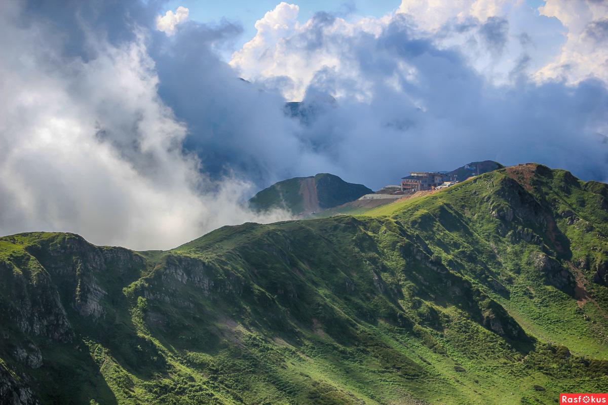 Горы, небо, облака