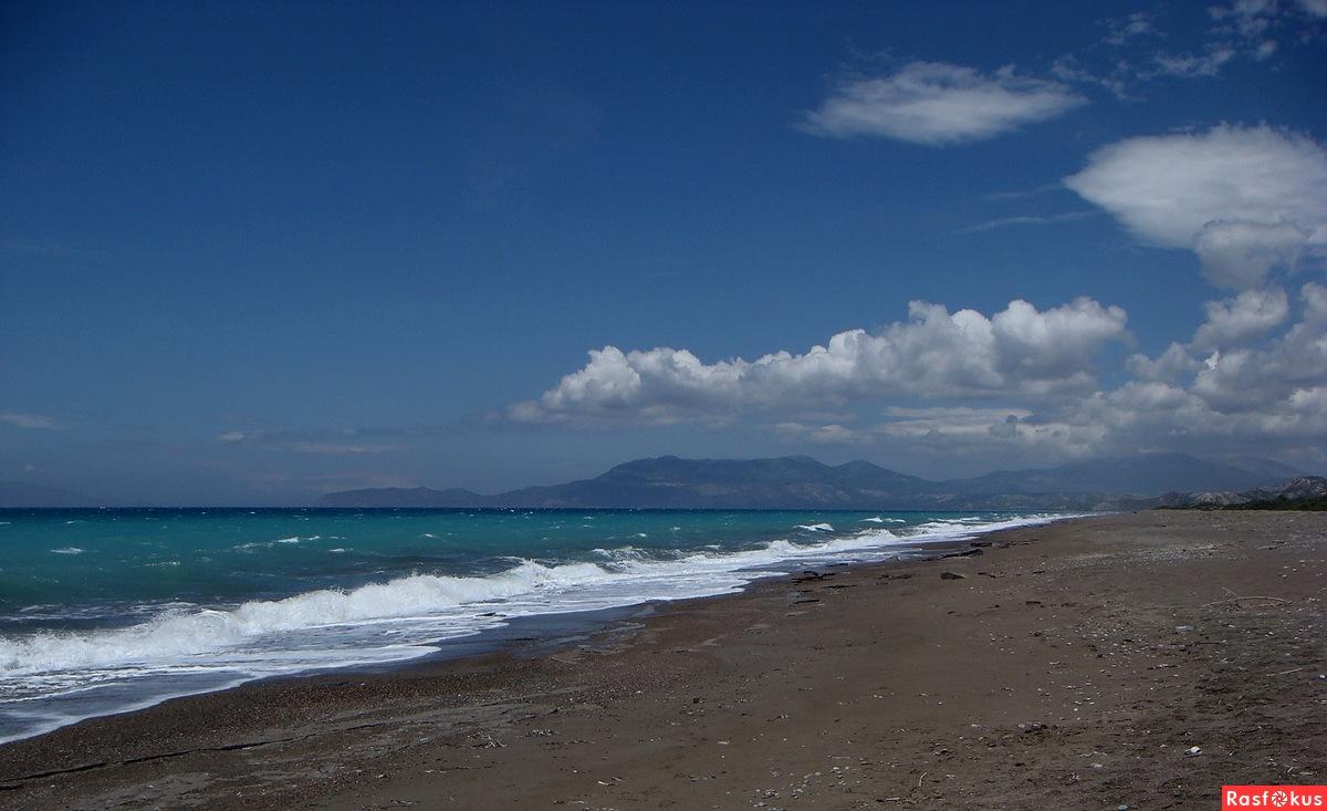 Синее, синее море...