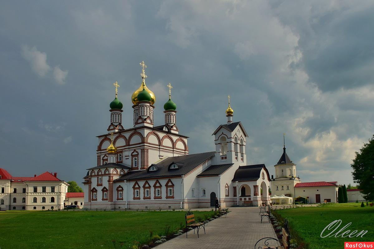 В Варницком монастыре