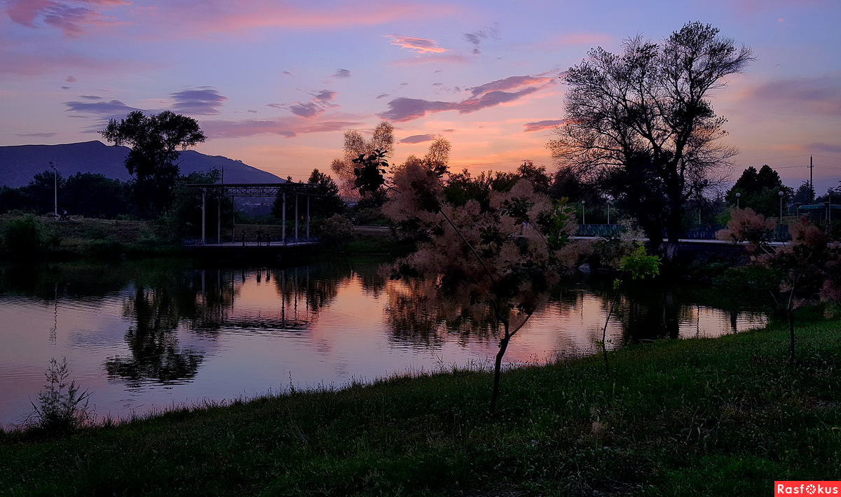 Розово - сиреневый закат