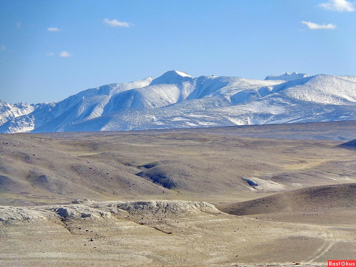 Горный Алтай. Лунный пейзаж Кызыл-Чина.