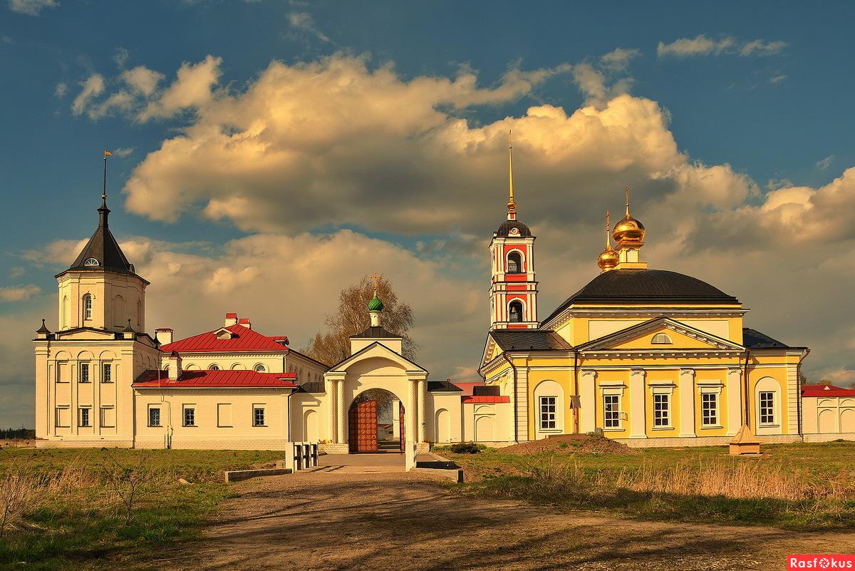 Троице-Сергиев Варницкий мужской монастырь