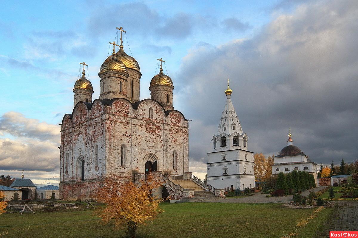 В Лужецком монастыре.