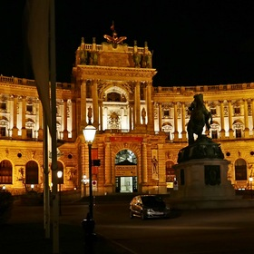 "The ""Hofburg in Vienna"" at night ..."